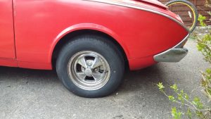 New tyre on the original and now cleaned up Cragar wheel that came with the car