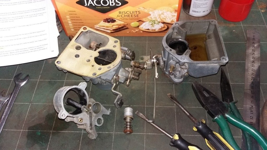 The Zenith 361v carburettor is apart again